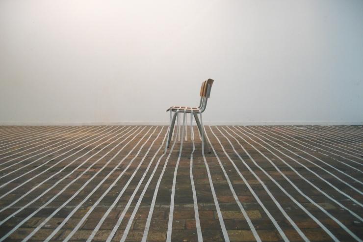 sonia-niwemahoro-installation-sur-la-pointe-des-pieds-02