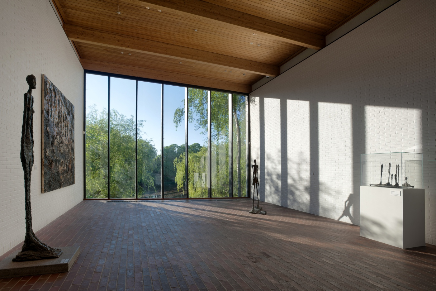 Giacometti salen med sent lysindfald