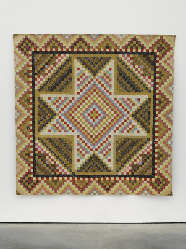 Amish-Quilts-A-pieced-Patchstar-variant-quilt-Second-half-19th-century-medium-res-1000x1335